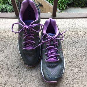 ASICS GEL-Kayano 22' Running Shoe